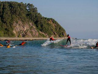 Santamarina Surf Camp abre el plazo de inscripción para los camps de verano